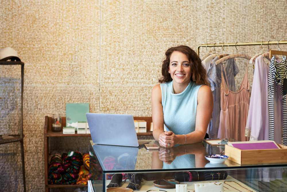 5 points to consider before starting women's clothing business